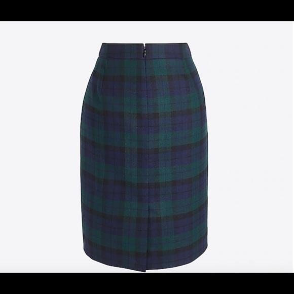 a224fd8f7ba J. Crew Factory Black Watch Tartan Pencil Skirt. M 5bcb58ec9539f72b8f436c6a